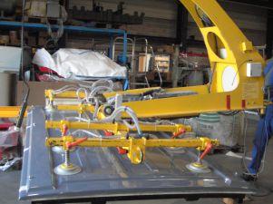 Palonnier retourneur à 10 ventouses pour manutention de portes