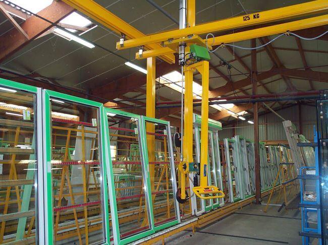 Palonnier à 2 ventouses sur colonne rigide pour panneaux en verre jusqu'à 80kg