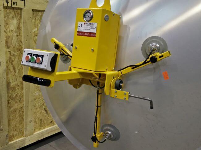 Palonnier vertical à 3 ventouses à écartement et inclinaison réglables, pour tôles bombées