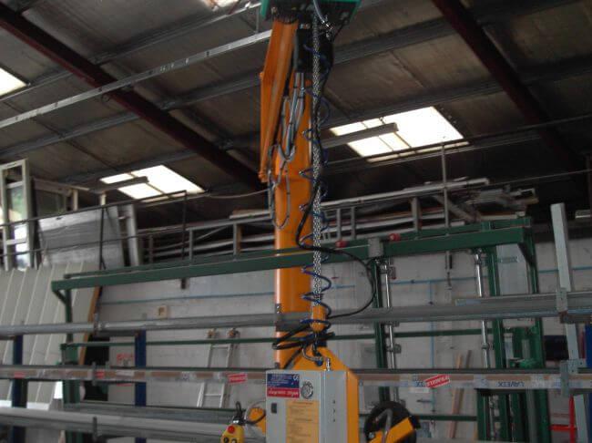 Préhenseur 4 ventouses sous potence pour des charges jusqu'à 250kg